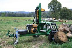 Log splitter Aussie Chopper